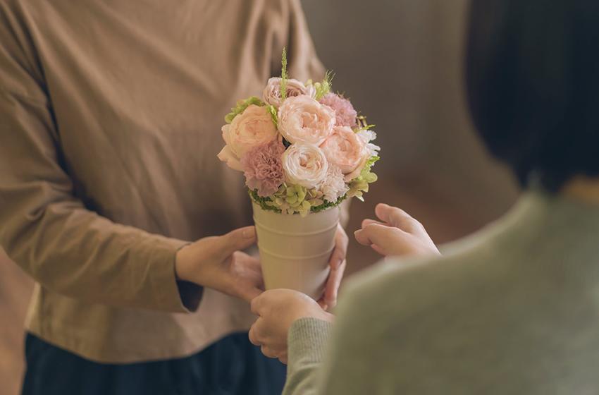 母の日の花贈りの由来・起源